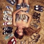 девушка в обуви красивая идея для фото