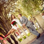 оригинальные красивые фотогарфии со свадебной фотосессии, Харьков, парк Горького