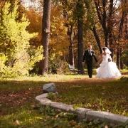 свадебные прогулки в Харькове в ботаническом саду