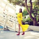 необычные уличные фотографии девушка в желтом платье