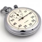 фотографии часов и других металлических изделий